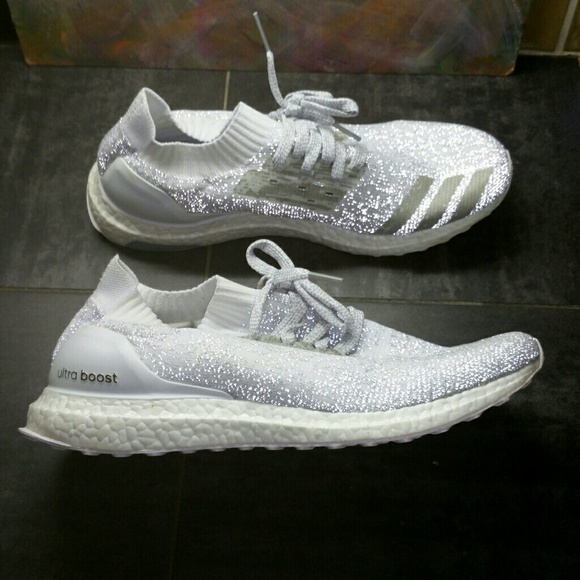 competitive price a1b44 ad889 Adidas Ultra Boost Uncaged Sz 11 white reflective